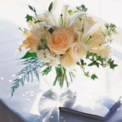 White Roses & Lilies - Sweet Lily's